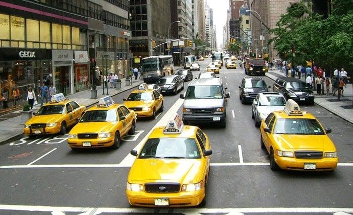 Ir de táxi do Aeroporto Newark Liberty a Nova York