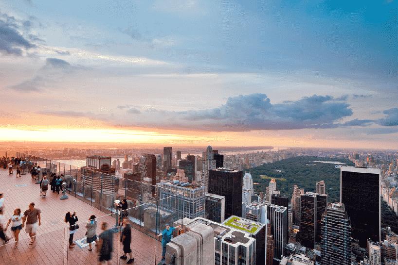 Pôr do sol no Top of the Rock em Nova York