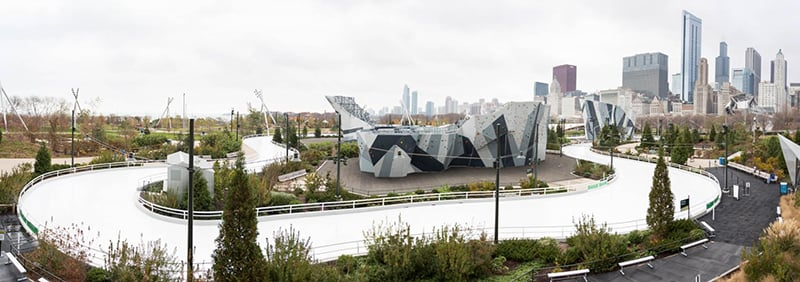 Pista Ice Skating at Maggie Daley Park em Chicago