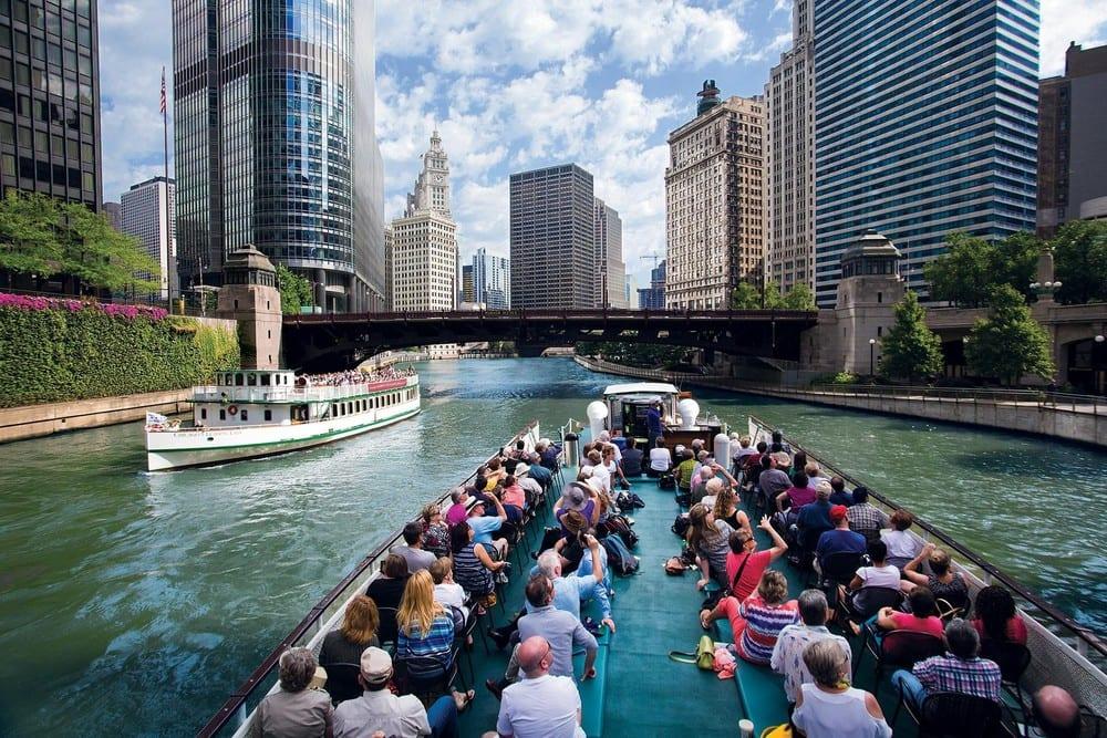 Passeio de barco nos canais e no lago de Chicago