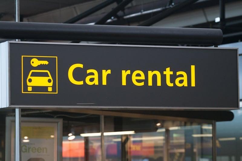 Economizando muito no aluguel de carro
